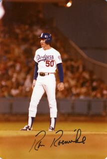 RON ROENICKE - AUTOGRAPHED SIGNED PHOTOGRAPH