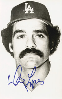 DAVEY LOPES - AUTOGRAPHED SIGNED PHOTOGRAPH