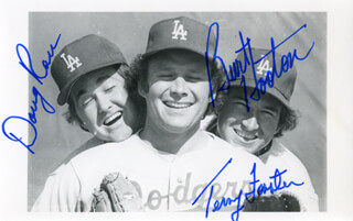 DOUG RAU - AUTOGRAPHED SIGNED PHOTOGRAPH CO-SIGNED BY: TERRY FORSTER, BURT HAPPY HOOTON