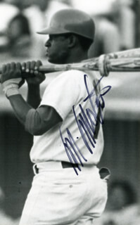 MANNY MOTA - AUTOGRAPHED SIGNED PHOTOGRAPH