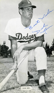 Autographs: DICK NEN - PHOTOGRAPH SIGNED
