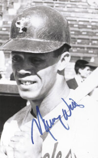 MAURY WILLS - AUTOGRAPHED SIGNED PHOTOGRAPH