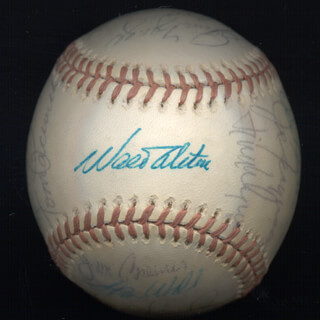 THE LOS ANGELES DODGERS - AUTOGRAPHED SIGNED BASEBALL CIRCA 1974 CO-SIGNED BY: TOMMY JOHN, DON SUTTON, ANDY MESSERSMITH, DAVEY LOPES, AL LITTLE AL DOWNING, JIM BREWER, WILLIE CRAWFORD, GAIL HOPKINS, BILL BILLY BUCKS BUCKNER, GREG (PAUL) SHANAHAN, KEVIN PASLEY, TOM PACIOREK, KEN McMULLEN, RON CEY, MANNY MOTA, WALTER E. SMOKEY ALSTON, JOE FERGUSON, STAN WALL, STEVE GARVEY, STEVE YEAGER, JIMMY WYNN