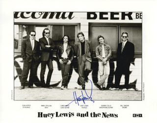 HUEY LEWIS & THE NEWS (HUEY LEWIS) - AUTOGRAPHED SIGNED PHOTOGRAPH