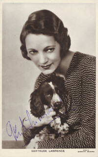 GERTRUDE LAWRENCE - PICTURE POST CARD SIGNED