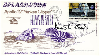 Autographs: APOLLO XII - FIRST DAY COVER SIGNED CO-SIGNED BY: CAPTAIN CHARLES PETE CONRAD JR., CAPTAIN ALAN L. BEAN, CAPTAIN RICHARD F. DICK GORDON JR.