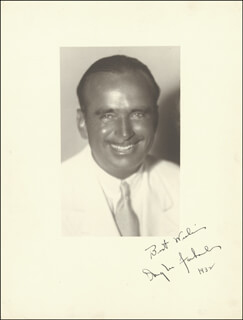DOUGLAS FAIRBANKS SR. - AUTOGRAPHED SIGNED PHOTOGRAPH 1932