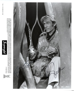 PETER O'TOOLE - AUTOGRAPHED INSCRIBED PHOTOGRAPH