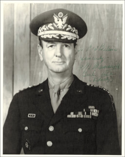 GENERAL JONATHAN M. WAINWRIGHT IV - AUTOGRAPHED INSCRIBED PHOTOGRAPH