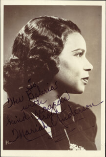Autographs: MARIAN ANDERSON - INSCRIBED PHOTOGRAPH SIGNED