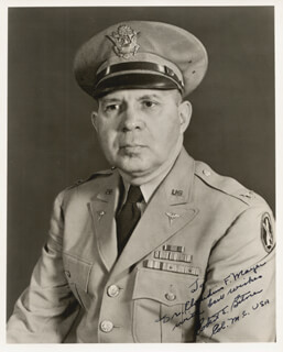 Autographs: COLONEL ROBERT E. BITNER - INSCRIBED PHOTOGRAPH SIGNED