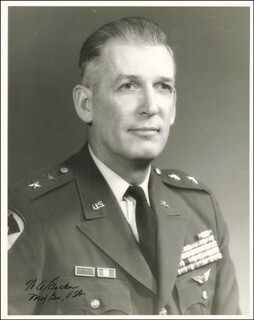 Autographs: MAJOR GENERAL WILLIAM A. BECKER - PHOTOGRAPH SIGNED