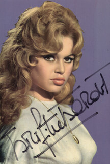 BRIGITTE BARDOT - PICTURE POST CARD SIGNED