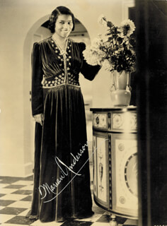Autographs: MARIAN ANDERSON - PHOTOGRAPH SIGNED