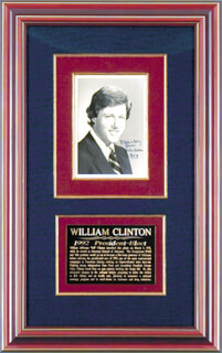PRESIDENT WILLIAM J. BILL CLINTON - AUTOGRAPHED INSCRIBED PHOTOGRAPH 03/08/1978
