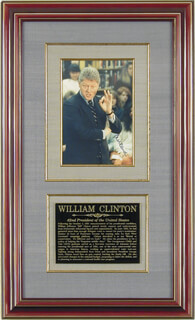 PRESIDENT WILLIAM J. BILL CLINTON - AUTOGRAPHED SIGNED PHOTOGRAPH