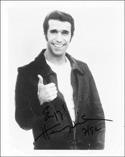 HENRY THE FONZ WINKLER - AUTOGRAPHED SIGNED PHOTOGRAPH 07/1992
