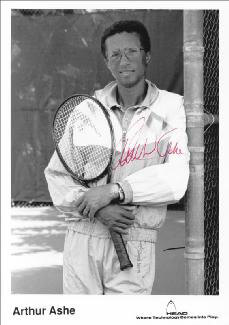 Autographs: ARTHUR ASHE - PRINTED PHOTOGRAPH SIGNED IN INK