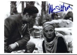 MARLENE DIETRICH - PICTURE POST CARD SIGNED
