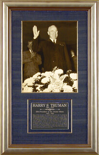 PRESIDENT HARRY S TRUMAN - AUTOGRAPHED INSCRIBED PHOTOGRAPH 10/03/1958
