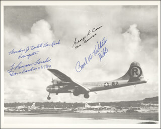 Autographs: ENOLA GAY CREW - PHOTOGRAPH SIGNED CIRCA 1990 CO-SIGNED BY: ENOLA GAY CREW (THEODORE VAN KIRK), ENOLA GAY CREW (GEORGE R. CARON), ENOLA GAY CREW (PAUL W. TIBBETS), ENOLA GAY CREW (COLONEL THOMAS W. FEREBEE)