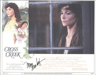Autographs: MARY STEENBURGEN - LOBBY CARD SIGNED