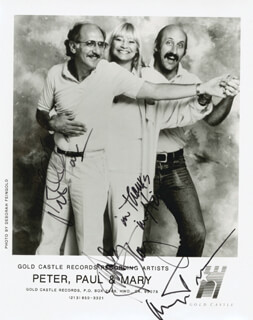 PETER, PAUL & MARY - AUTOGRAPHED SIGNED PHOTOGRAPH CO-SIGNED BY: PETER, PAUL & MARY (PAUL STOOKEY), PETER, PAUL & MARY (PETER YARROW), PETER, PAUL & MARY (MARY TRAVERS)