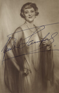 FRIEDA HEMPEL - PICTURE POST CARD SIGNED