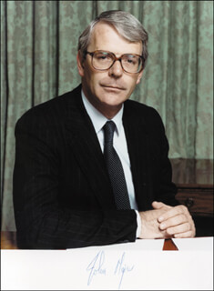 PRIME MINISTER JOHN MAJOR (GREAT BRITAIN) - AUTOGRAPHED SIGNED PHOTOGRAPH