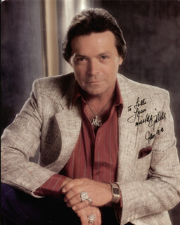 MICKEY GILLEY - AUTOGRAPHED INSCRIBED PHOTOGRAPH 01/1992