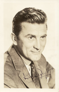 KIRK DOUGLAS - PICTURE POST CARD SIGNED