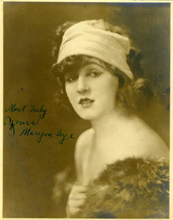 Autographs: MARYON (MARION) AYE - PHOTOGRAPH SIGNED