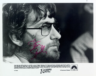 STEVEN SPIELBERG - AUTOGRAPHED SIGNED PHOTOGRAPH