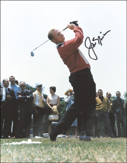 JACK NICKLAUS - AUTOGRAPHED SIGNED PHOTOGRAPH