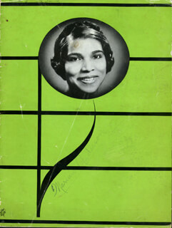 Autographs: MARIAN ANDERSON - PROGRAM SIGNED CIRCA 1939
