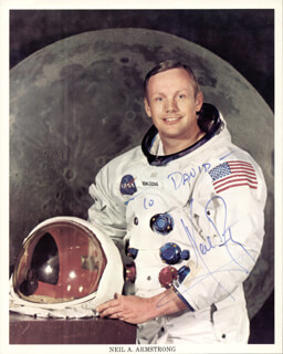 Autographs: NEIL ARMSTRONG - INSCRIBED PRINTED PHOTOGRAPH SIGNED IN INK