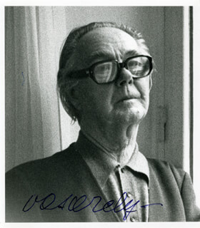 VICTOR VASARELY - AUTOGRAPHED SIGNED PHOTOGRAPH