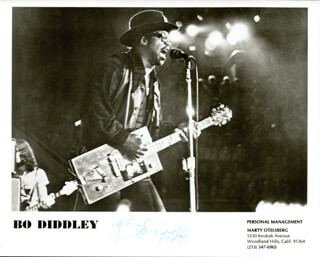 BO DIDDLEY - AUTOGRAPHED SIGNED PHOTOGRAPH 1983