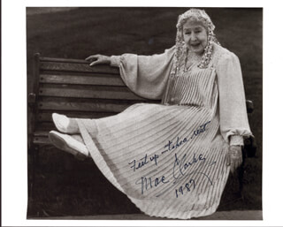 MAE CLARKE - AUTOGRAPHED SIGNED PHOTOGRAPH 1987