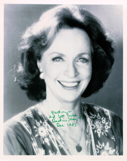 BEATRICE STRAIGHT - AUTOGRAPHED SIGNED PHOTOGRAPH 12/1985
