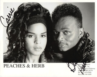PEACHES & HERB - AUTOGRAPHED INSCRIBED PHOTOGRAPH CO-SIGNED BY: PEACHES & HERB (HERB FAME), PEACHES & HERB (LINDA GREENE)