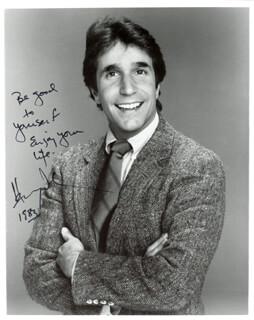 HENRY THE FONZ WINKLER - AUTOGRAPHED SIGNED PHOTOGRAPH 1983