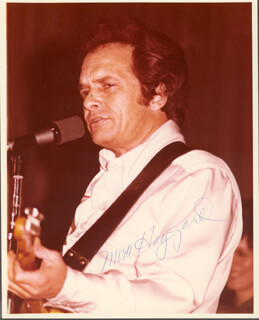MERLE R. HAGGARD - AUTOGRAPHED SIGNED PHOTOGRAPH