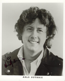 ARLO GUTHRIE - PRINTED PHOTOGRAPH SIGNED IN INK