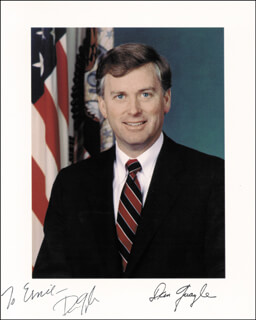 VICE PRESIDENT DAN (JAMES DANFORTH) QUAYLE - AUTOGRAPHED INSCRIBED PHOTOGRAPH