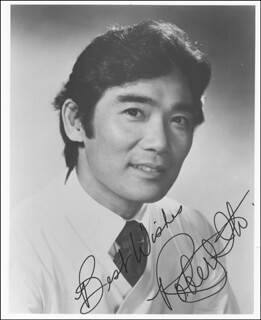 ROBERT ITO - AUTOGRAPHED SIGNED PHOTOGRAPH