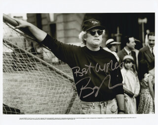 BARRY LEVINSON - AUTOGRAPHED SIGNED PHOTOGRAPH