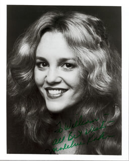 MADELINE KAHN - AUTOGRAPHED INSCRIBED PHOTOGRAPH