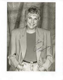 ANNE MURRAY - AUTOGRAPHED SIGNED PHOTOGRAPH