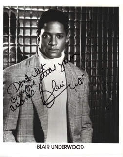 BLAIR UNDERWOOD - AUTOGRAPHED SIGNED PHOTOGRAPH